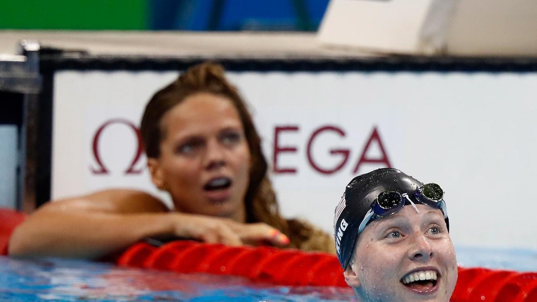 Lilly King se lleva el oro y la rusa Efimov los abucheos en los 100 metros pecho