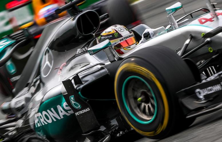 Liberty Media Corp de EUA, acuerda la compra de la Fórmula Uno