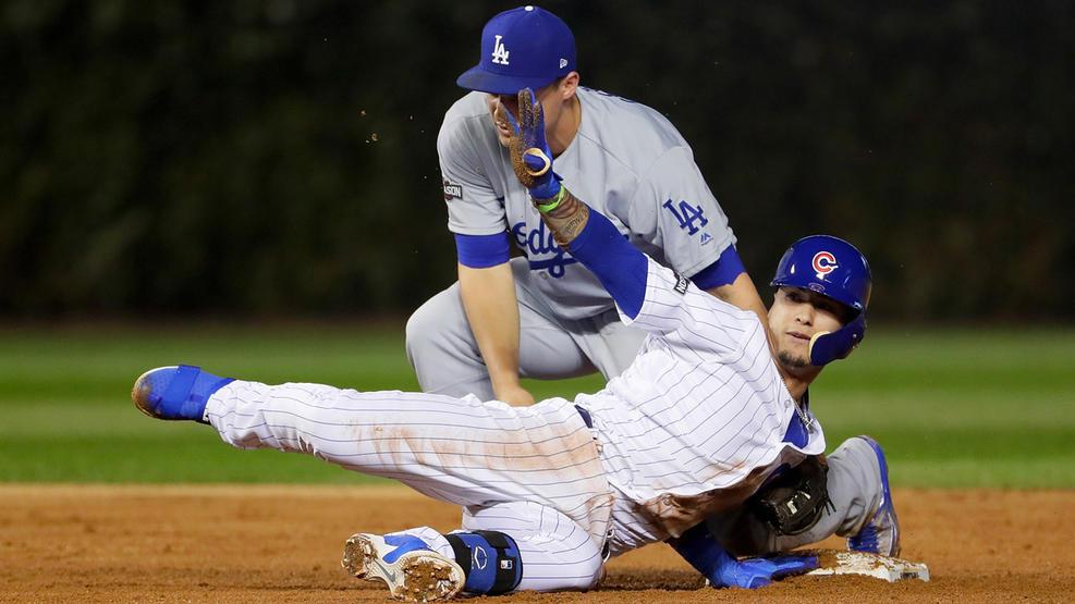Los Cachorros pegan primero y derrotan a los Dodgers en vibrante juego