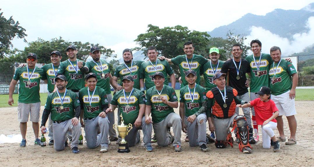 Toros se lleva el campeonato de la Liga Oscar Roberto Saybe