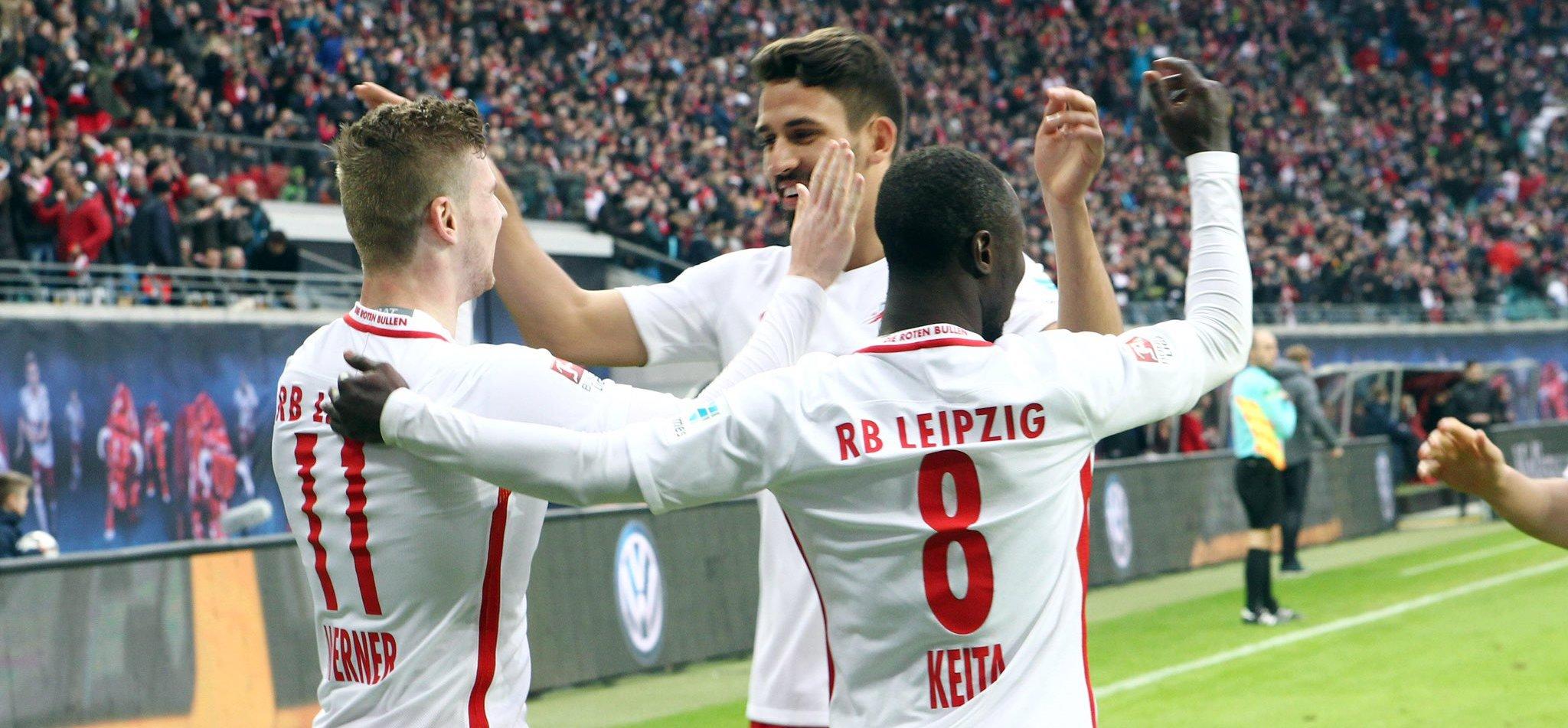 El Leipzig no falla y vence al Köln y presión al Bayern que tampoco falla contra el HSV