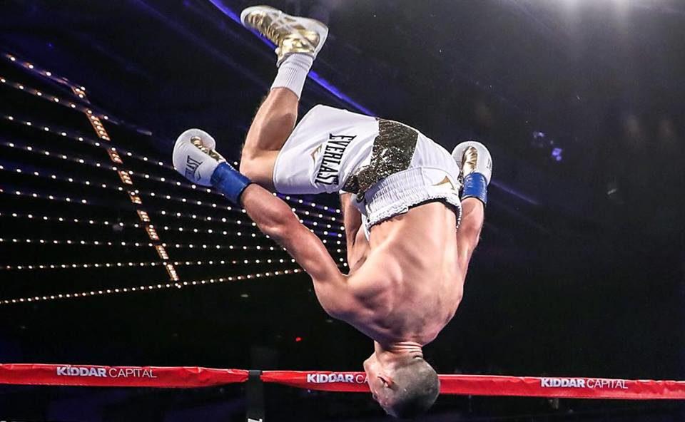 Teófimo López da exhibición de boxeo en el Madison Square Garden al vencer a Bastien