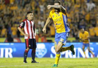 Gignac rescata a Tigres ante Chivas que deja ir una ventaja en la final de la Liga MX