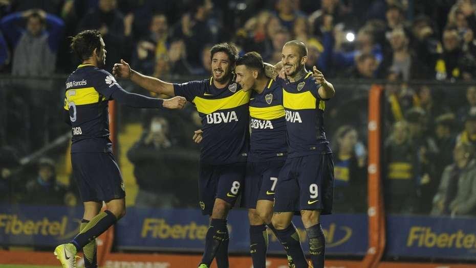 Boca Junior golea a Independiente y aprovecha el pinchazo de River