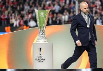El holandés Peter Bosz, nuevo técnico del Borussia Dortmund