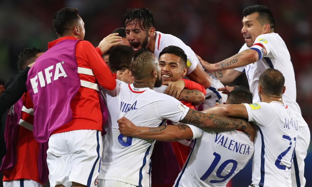Con el VAR de protagonista, Chile vence a camerún en Rusia