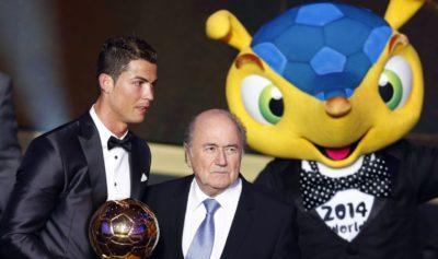Blatter respalda a Cristiano y atacó a Roger Federer por evasión fiscal