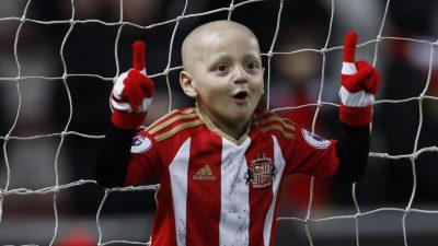 """La """"Premier"""" y el fútbol de luto: murió Bradley Lowery, el niño con cáncer"""