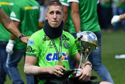 Jackson Follmann volvió a correr con pierna ortopédica por el Arena Condá