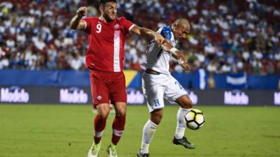 """""""Bubarumma"""" López salva a Honduras que empata sin goles con Canadá"""
