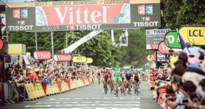 Marcel Kittel golpea de nuevo y se lleva la décima etapa del Tour