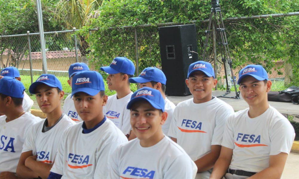 En contraste con Honduras, en El Salvador habrá fuerte inversión en el béisbol