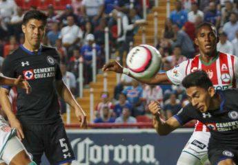 Discreta actuación de Beckeles en el empate de Necaxa con el Cruz Azul