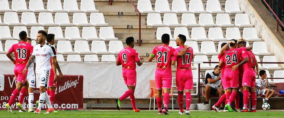 El Córdoba de Jona Mejía, logra primera victoria ante el Albacete en el Belmonte