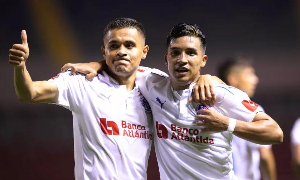 Como casi siempre, Olimpia saca la cara por el alicaído fútbol hondureño