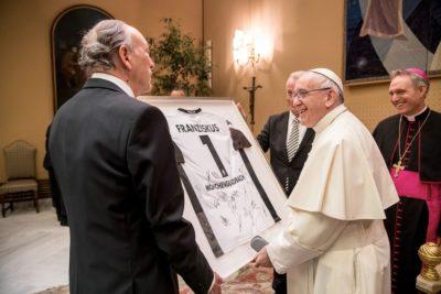 """El Papa Francisco recibió a unos """"Potros"""" de bien y de paz"""