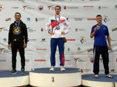 Miguel Ferrera gana plata para Honduras en Varsovia