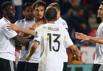 Alemania con paso perfecto y goleadas de Inglaterra y Dinamarca