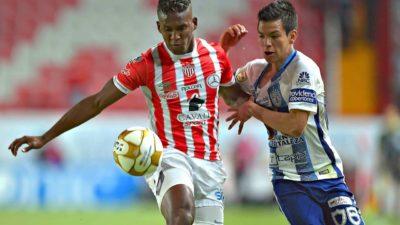 Beckeles y el Necaxa a la caza del líder Monterrey en la Liga MX