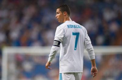 Europa cuida sus estrellas: 12 agresiones perdonadas a Cristiano Ronaldo