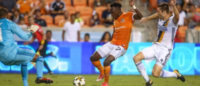Maynor Figueroa y Alberth Elis brillan con sendos goles en la MLS