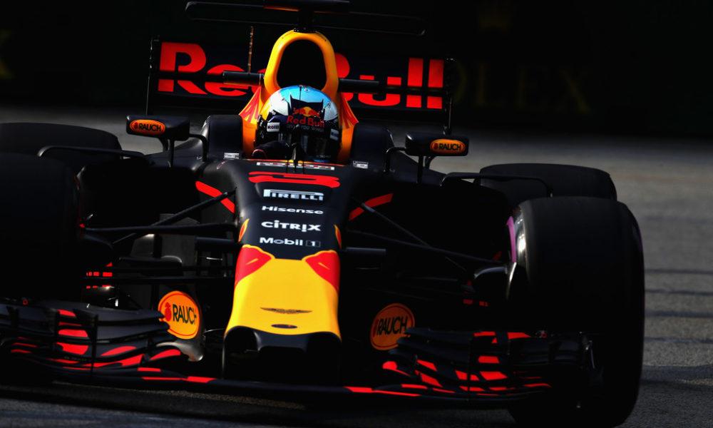 Ni Vettel ni Hamilton, Ricciardo y Red Bull dominan ensayos en Singapur