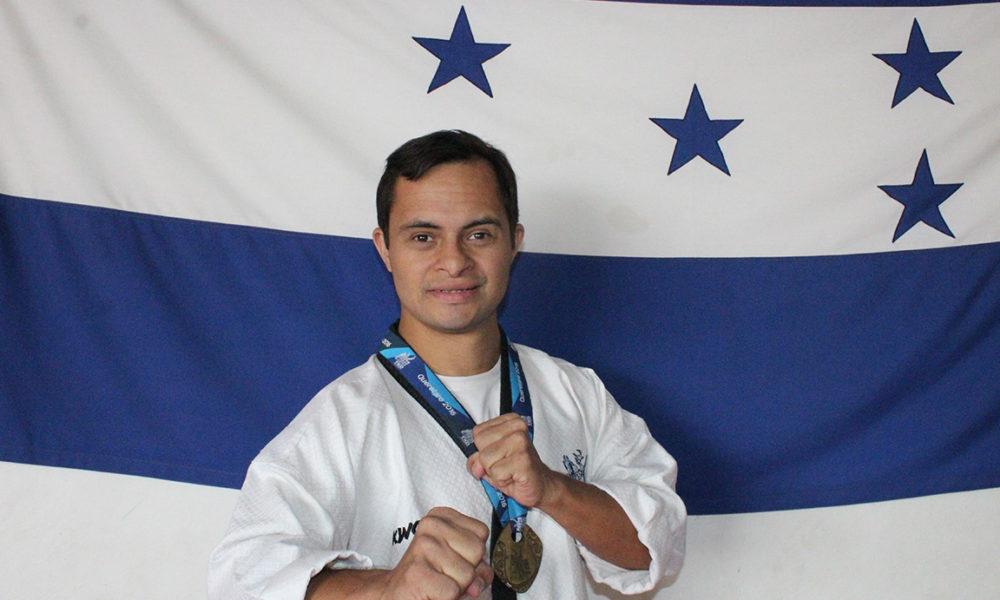 Guillermo Erazo Jr. encabezó exitosa delegación en Panamericanos de Taekwondo