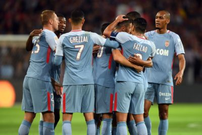AS Mónaco presiona al PSG goleando al Lille de Bielsa