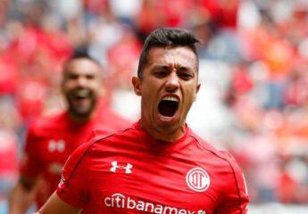 El Toluca vence al Querétaro en una intensa jornada del fútbol mexicano