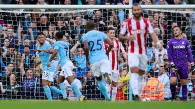 La máquina de goles del City, tritura al Stoke y es líder absoluto