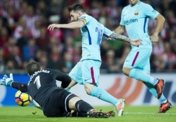 El Barça responde a la presión del Valencia conquistando San Mamés