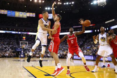 Warriors abren con mal paso la NBA; los Cavaliers con mucha fuerza