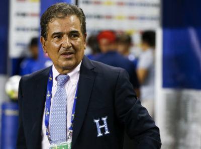 Jorge Luis Pinto sabe a lo que se enfrenta, pero no pierde la calma