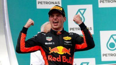 Verstappen festeja sus 20 años ganando el GP de Malasia. Vettel sale vivo