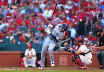 Los Cerveceros de Mauricio Dubón se quedan fuera de playoffs en la MLB