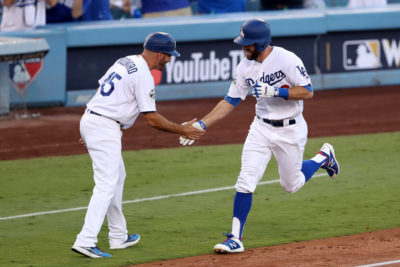 Dodgers pegan primero en Serie Mundial al vencer a los Astros