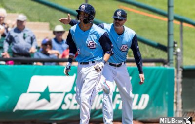 Cerveceros protegerán a Dubón del Draft de la regla de 5 de la MLB