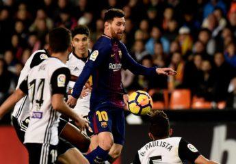 Barça salva un punto en Valencia en partido marcado por gol 'fantasma'
