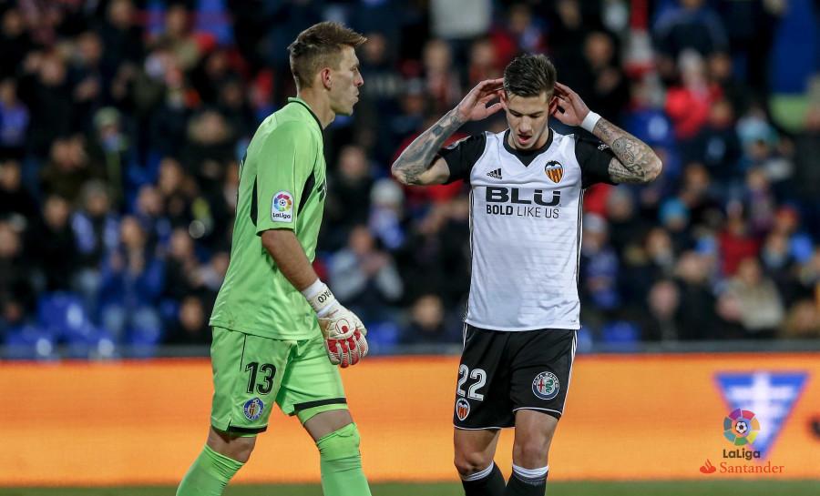 Valencia sufre primera derrota de la temporada en Getafe