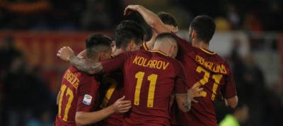 La Roma celebra un gol. Foto Getty