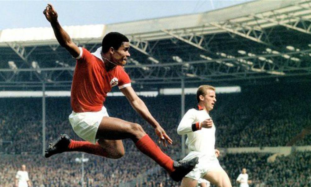 Fallece Eusebio, uno de los cracks futbolistas de la historia