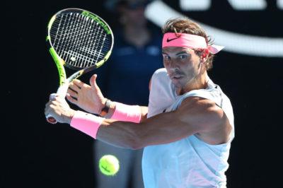 Nadal vence a Mayer y sigue adelante en un Australia Open caliente