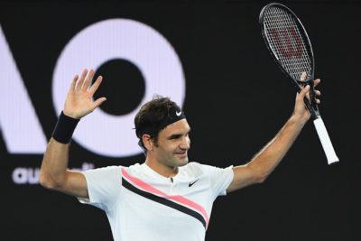 Federer y Djokovic en octavos, Kerber da cuenta de Sharapova