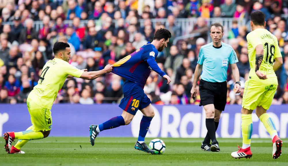 El Getafe detiene al Barcelona y pone La Liga con un ápice de emoción